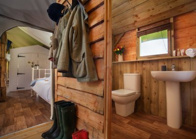 King Room and Bathroom Lower Keats Glamping Devon