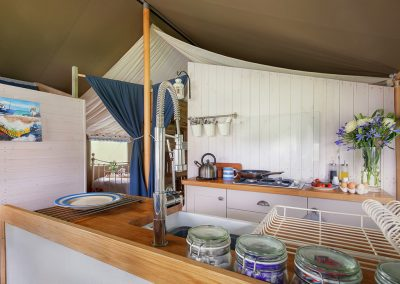 Lodge kitchen - Lower Keats Glamping Devon